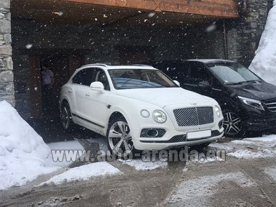 Bentley Bentayga 6.0 litre twin turbo TSI W12 для трансферов из аэропортов и городов в Милане в Ломбардии и Европе.