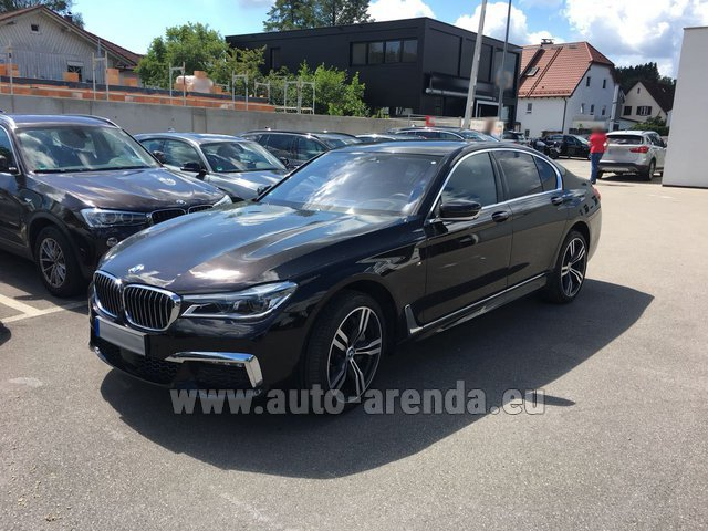 Rental BMW 750i XDrive M equipment in Milano Lombardia