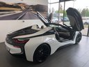 Rent-a-car BMW i8 Roadster Cabrio First Edition 1 of 200 eDrive in Milano Lombardia, photo 5