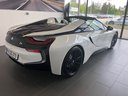 Rent-a-car BMW i8 Roadster Cabrio First Edition 1 of 200 eDrive in Milano Lombardia, photo 3