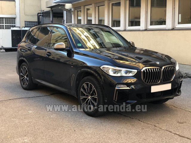 Rental BMW X5 M50d XDRIVE in Milano Lombardia