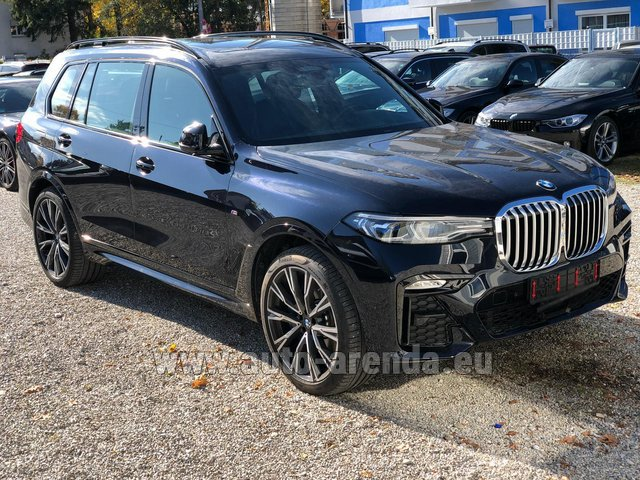 Rental BMW X7 xDrive40i in Milano Lombardia