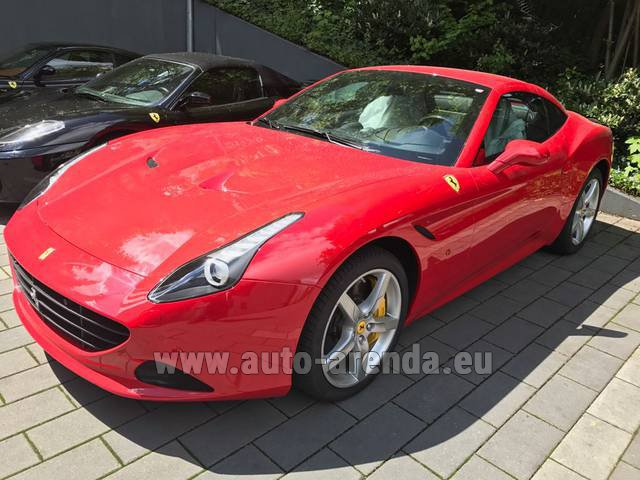 Hire and delivery to the Bresso airport the car Ferrari California T Cabrio (Red)