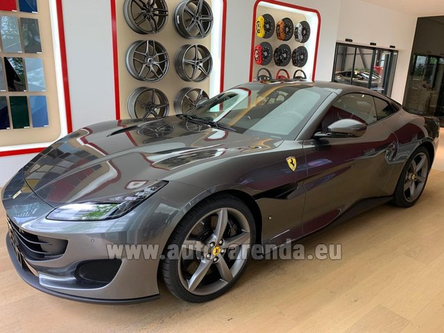 Hire and delivery to the Bresso airport the car Ferrari Portofino