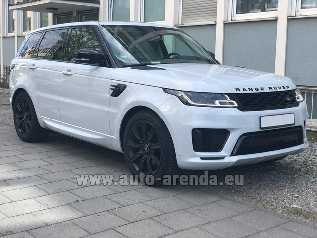 Hire and delivery to the Bresso airport the car Land Rover Range Rover Sport White