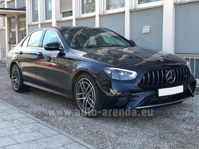 Прокат и доставка в аэропорт Милана Мальпенса авто Мерседес-Бенц AMG E 53 4MATIC+ Turbo