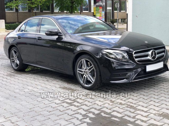 Hire and delivery to the Milano Linate airport (LIN) the car Mercedes-Benz E 450 4MATIC saloon AMG equipment