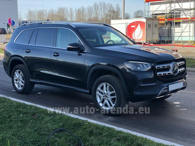 Прокат и доставка в аэропорт Милана Мальпенса авто Мерседес-Бенц GLS 350 4Matic AMG комплектация
