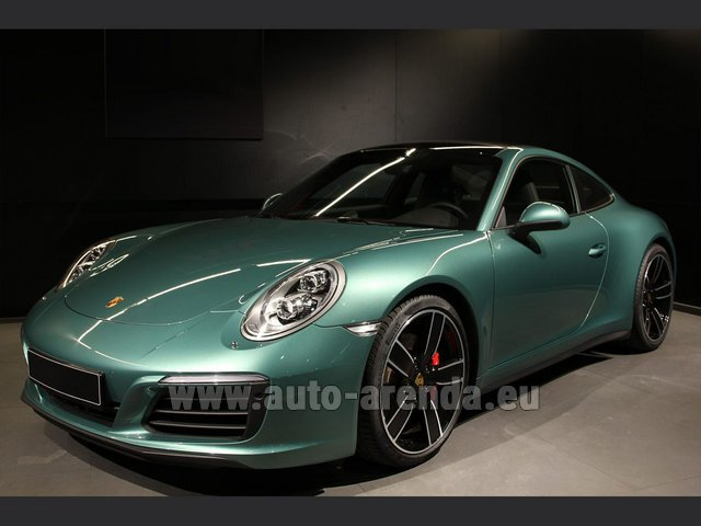 Hire and delivery to the Bresso airport the car Porsche 911 991 4S Racinggreen Individual Sport Chrono