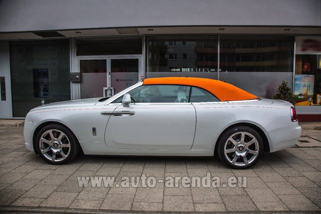Rental Rolls-Royce Dawn White in Milano Lombardia